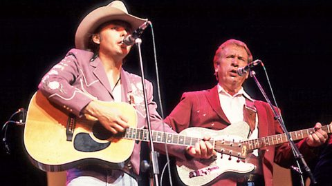 """Buck Owens & Dwight Yoakam Duet With """"Streets of Bakersfield"""" 