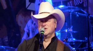 Mark Chesnutt Shares Discouraging News While Recovering From Surgery