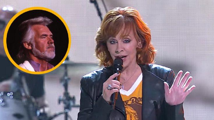 Reba McEntire Sings One Of Her Favorite Kenny Rogers Songs